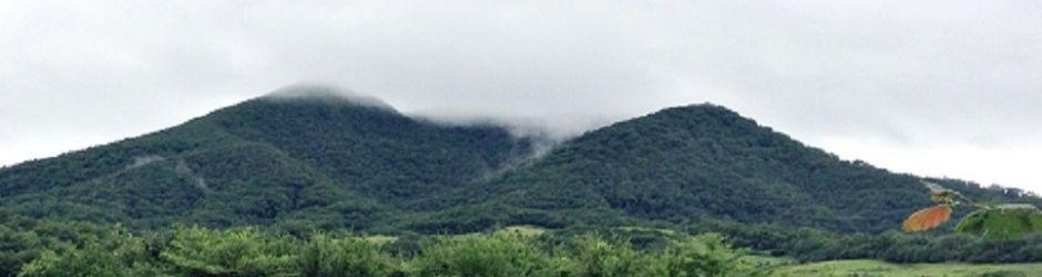 しぐれるやま(深緑の七時雨山)